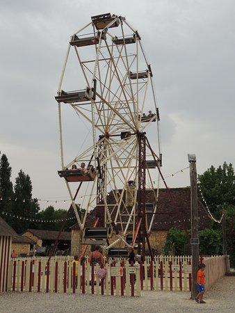 Le Bugue, França: Charmant parc, à la nostalgie omnipresente...
