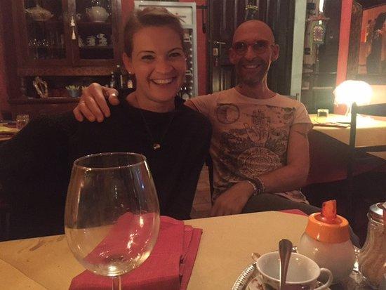 Acqualagna, อิตาลี: L'oste...