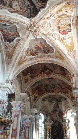 Varna, Italia: La chiesa