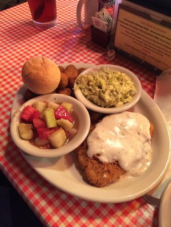 Bell Buckle, Теннесси: country fried steak