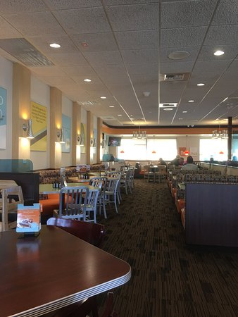 Longmont, CO: Village Inn