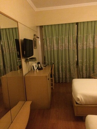 Hotel Midtown Pritam : photo1.jpg