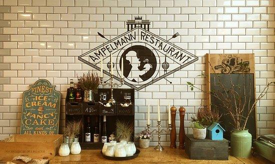Wir freuen uns darauf, Sie im AMPELMANN Restaurant zu begrüßen!