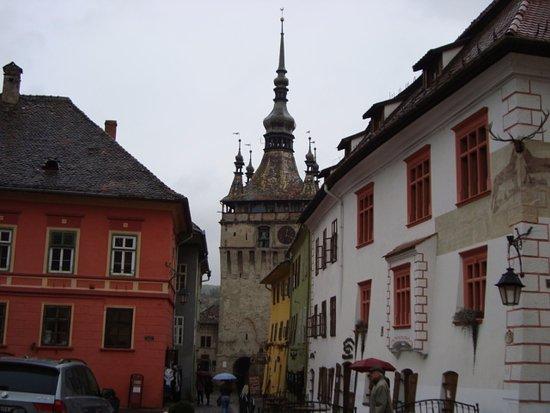 หอนาฬิกา: The Clock Tower.