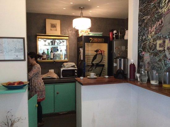 Boho Rooms: el desayuno es bueno, completo y todo fresco.