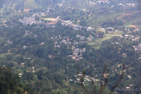 Central Province, Sri Lanka: View of Pussellawa town
