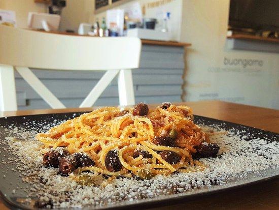 Cordova, TN: Spaghetti alla Puttanesca