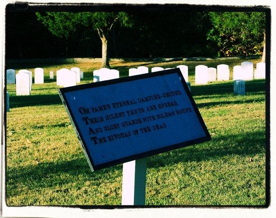 Dover, TN: Fort Donelson National Cemetery