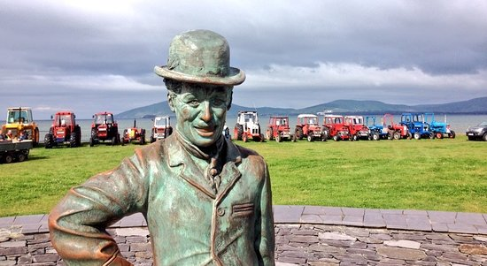Waterville, Irland: Iveragh Heritage Tractor group & Charlie!