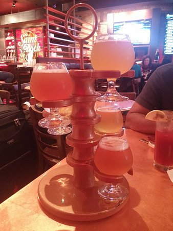 Montreal Craft Beer Tours: Tasting