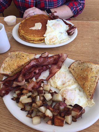 Fairview, UT: Basic bacon and eggs along with pancakes, eggs, and bacon