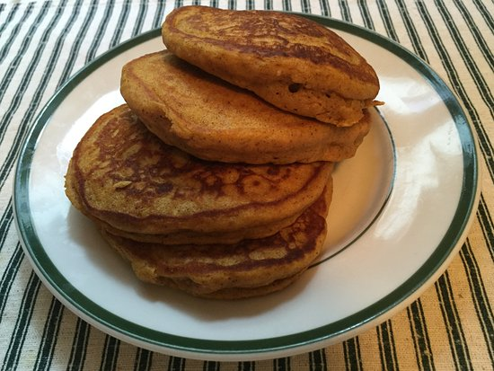 Ypsilanti, MI: Pumplin Pancakes on the menu