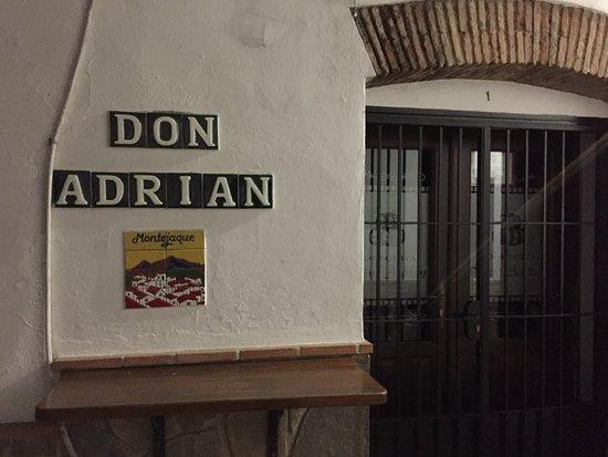 Montejaque, Espanha: Bodeguita Don Adrian, the lane off Av. Andalucia next to the la Caixa