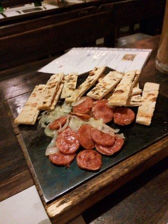 San Fernando, Αργεντινή: entrada de salchica polaca con cebolla