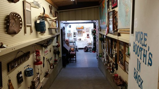 Chesterfield, MO: Chesterfiled Antique mall