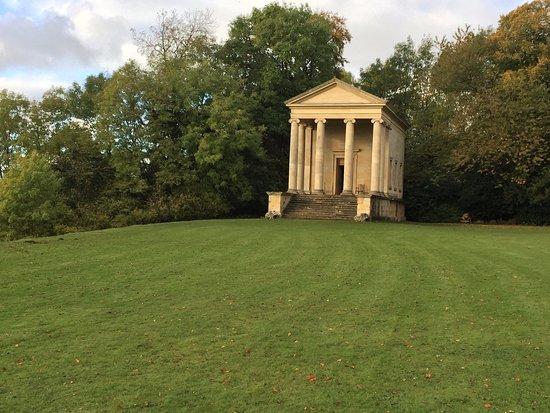 Helmsley, UK: Temple