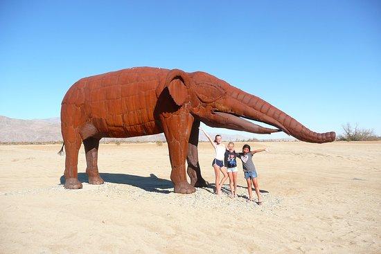 Borrego Springs, Καλιφόρνια: California had Elephants!