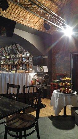 Aparthotel Lublanka: breakfast area