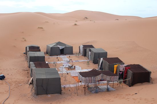 Merzouga Dunes Luxury Camps : bivacco tra le dune