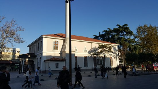 Адапазари, Турция: Orhan Gazi Camii