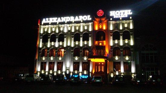 Alexandrapol Hotel