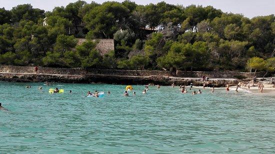 Playa de S'Amarador: 非常美丽,清澈的沙滩