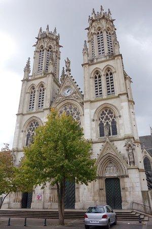 église Saint Léon