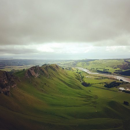 Hastings, New Zealand: I you're in the Hawkes Bay, drive up here .... the view is amazing, nice walking tracks and moun