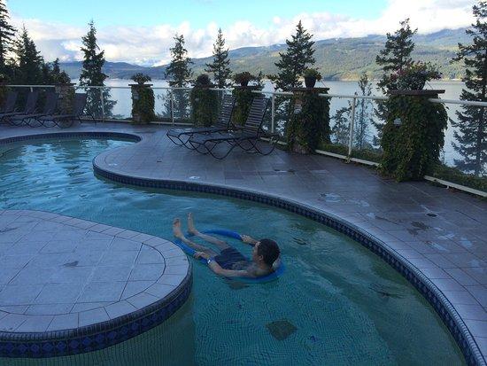 Halcyon Hot Springs: photo6.jpg