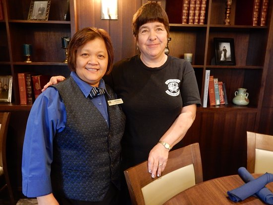 BEST WESTERN PLUS Port O' Call Hotel: Virginia, our wonderful server. Hope shes there when we return next time. You are the best Virgi