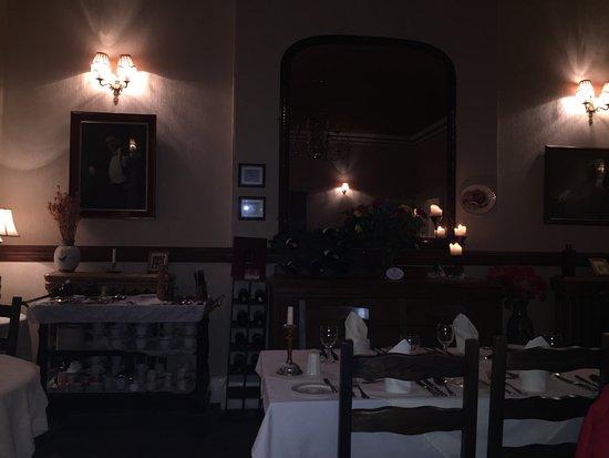 The County Hotel - Bistro & Restaurant Banff