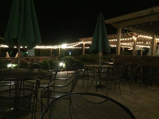 Afton, VA: Nice atmosphere!