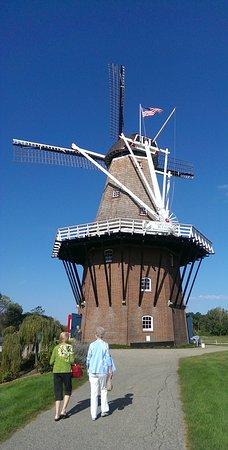 Windmill Island Gardens: Walk to Mill_large.jpg