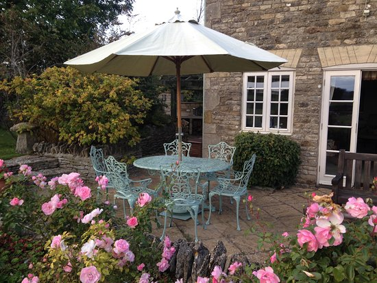 Cold Aston, UK: Patio