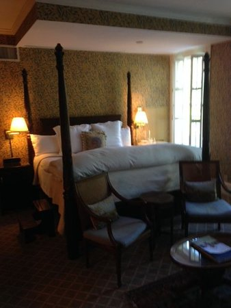 Aiken, SC: 4 poster bed in every room
