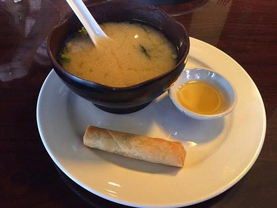 Koon Manee Thai & Sushi Restaurant: Miso soup