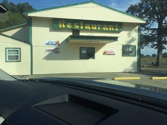 DeWitt, AR: Closed on Monday