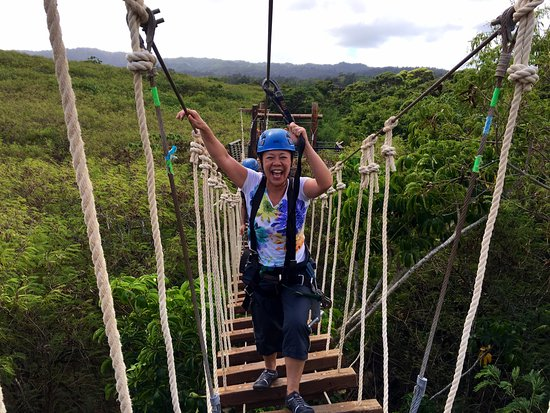 Kahuku, HI: Walk through the sky bridge