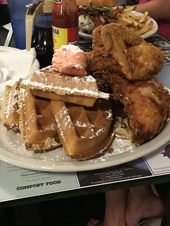 Altamonte Springs, Φλόριντα: The BEST Chicken and Waffles