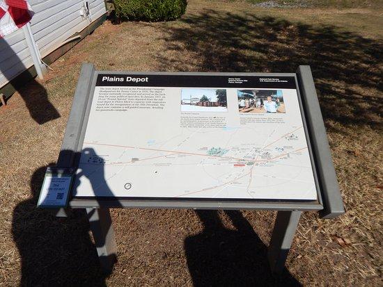 Plains, GA: historic sign