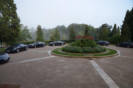 Casole d'Elsa, อิตาลี: Porsche Group