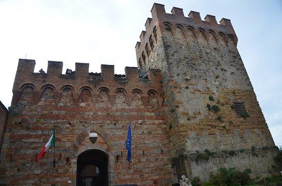 Town Gate for Casole d'Elsa
