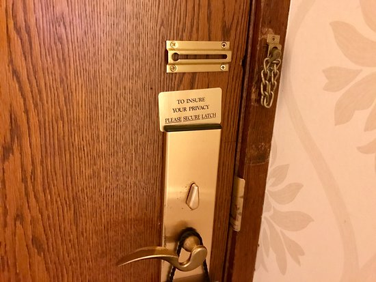 The Ritz-Carlton, Chicago: Old door for a new suite.