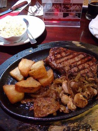 Barueri, SP: Sizzling Street Beef