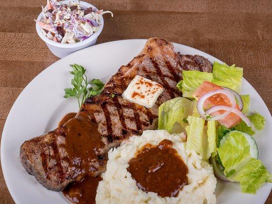 Chalan Kanoa, Mariana Islands: Delicious and juicy steak.