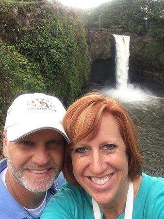 Keaau, هاواي: Rainbow Falls, Hilo