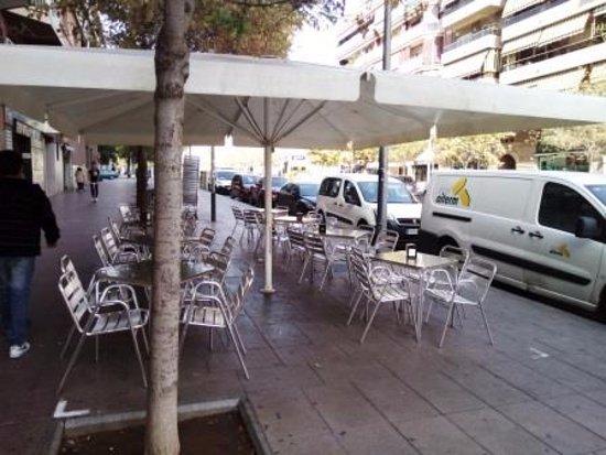 Barbera del Valles, Spagna: Terraza