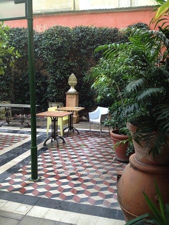 Palazzo dal Borgo Hotel Aprile: Conservatory