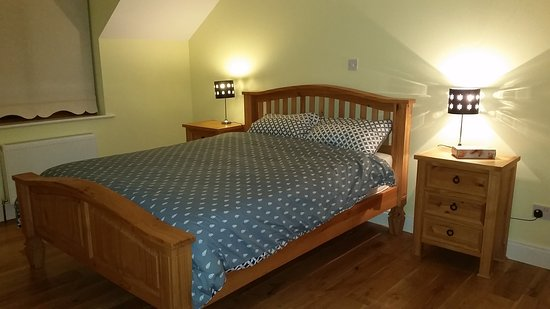 Loughrea, Ιρλανδία: Ensuite king Room