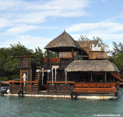 Coxen Hole, Honduras : The Reef Rider at Little French Key, Roatan